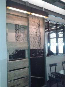 """Lampada in ferro per arredo design Restaurant """"Frizzo"""" progettazione Westway Architects"""
