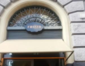 """Insegna Restaurant """"Frizzo"""" a Roma progettazione Westway Architects"""